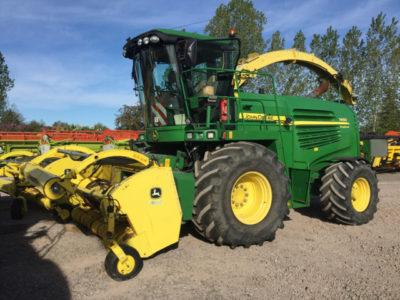 John Deere 7450 ProDrive Forage Harvester